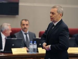 """Dumaledamoten Aleksandr Tarnavskij, från partiet Rättvisa Ryssland, är initiativtagare till lagen om """"oönskade"""" organisationer. Han betraktar arbete för mänskliga rättigheter som fientlig subversion."""